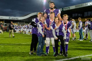 American lineman Quinn Bullard with some of his U12 and U14 players [Photo: Michael Quist]